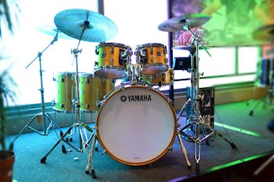 YAMAHA - ABSOLUTE HYBRID MAPLE DRUMSTEL GOLD CHAMPAGNE SPARKLE
