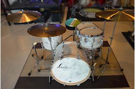 SONOR - VINTAGE SERIES DRUMSET VT15 THREE 22 SHELLS NM
