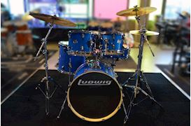 "LUDWIG - LCEE20023 ELEMENT EVOLUTION DRUMSET 20""+HW BLUE SPARKLE"